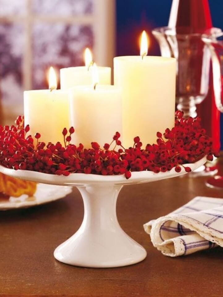 Easy Elegant Berry DIY Christmas Centerpiece Design
