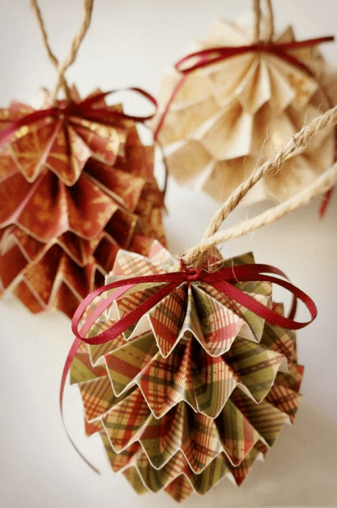 50 Incredible DIY Christmas Ornament Tutorials for 2019