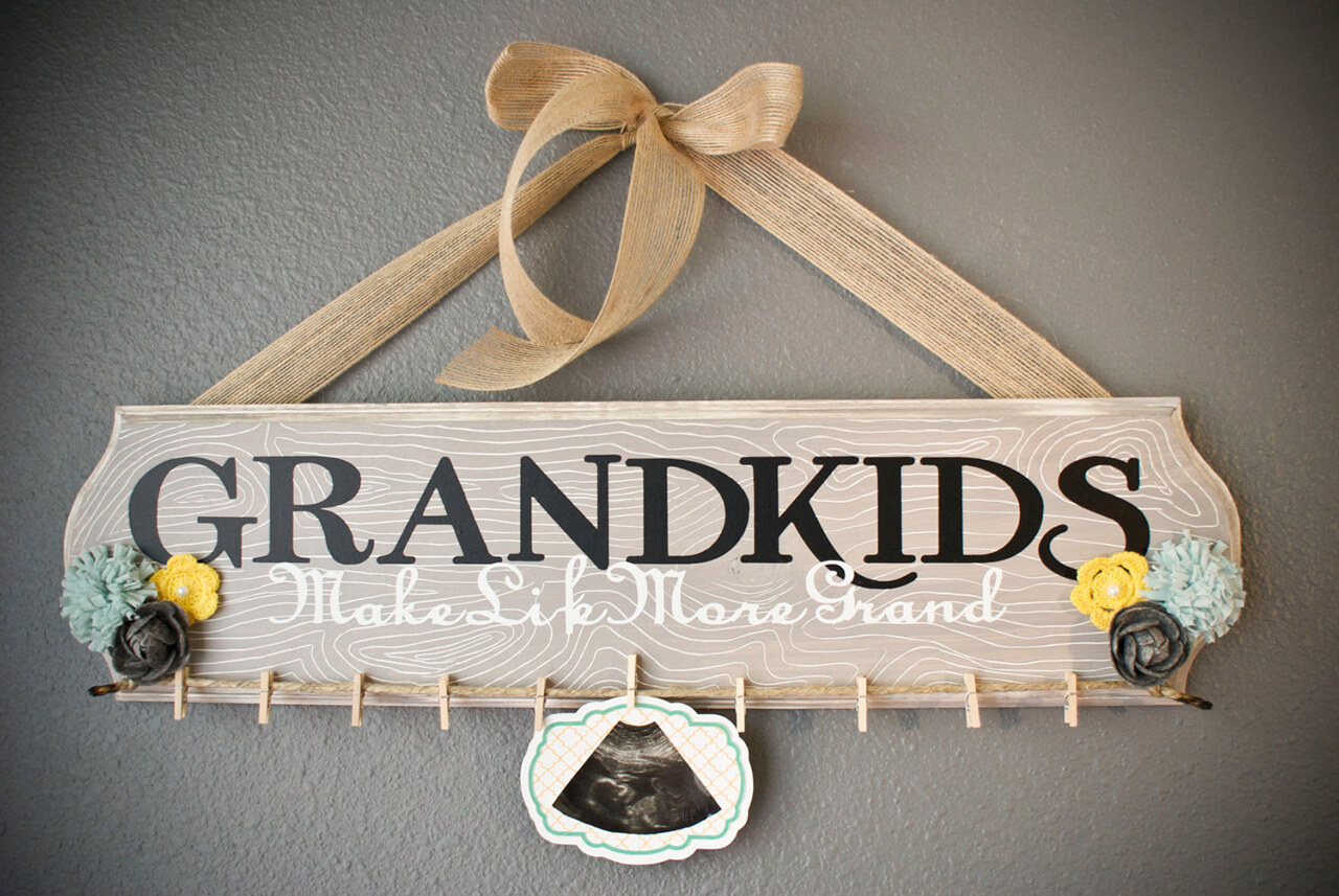 Stained Wood 'Grandkids' Sign With Clothespins For Pictures