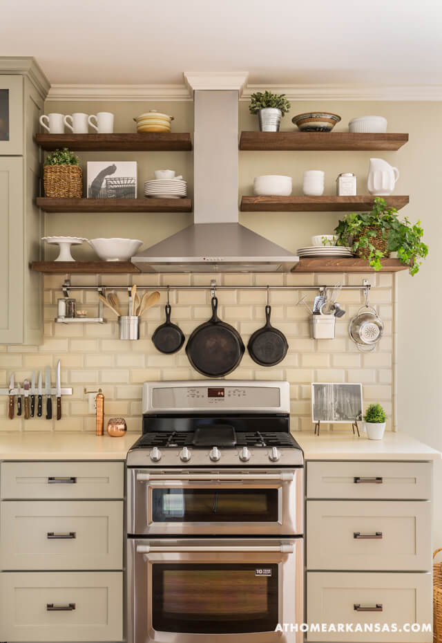 Exceptional Farmhouse Kitchen Design Ideas Part - 7: Farmhouse Color Scheme: Soft Silver, White U0026 Wood