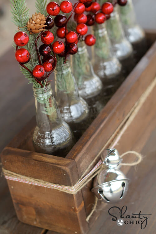 An Eye-Catching Rustic Berry Tablescape