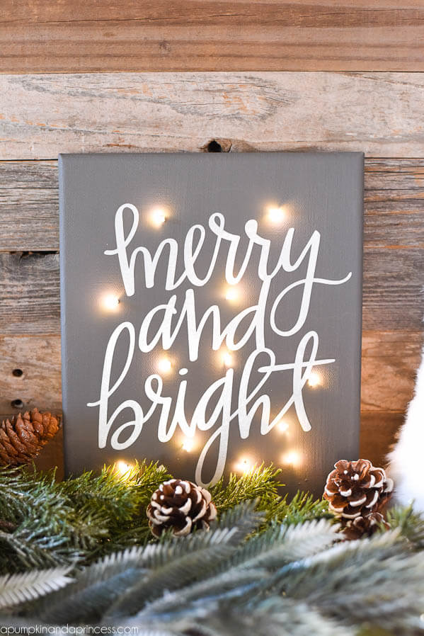 Festive Light-Up Canvas Illuminates the Holidays