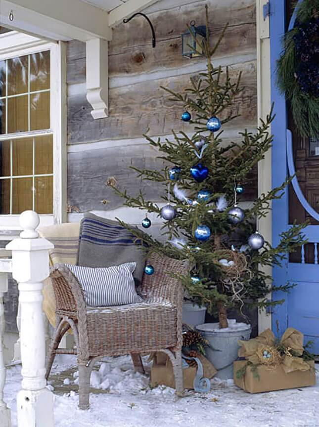 15 minimalist globe ornament patio tree