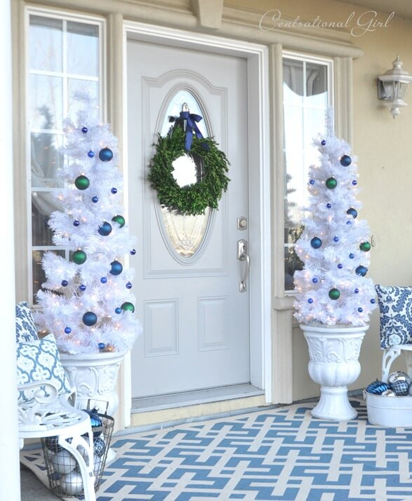 white christmas with a burst of color - Blue And White Outdoor Christmas Decorations