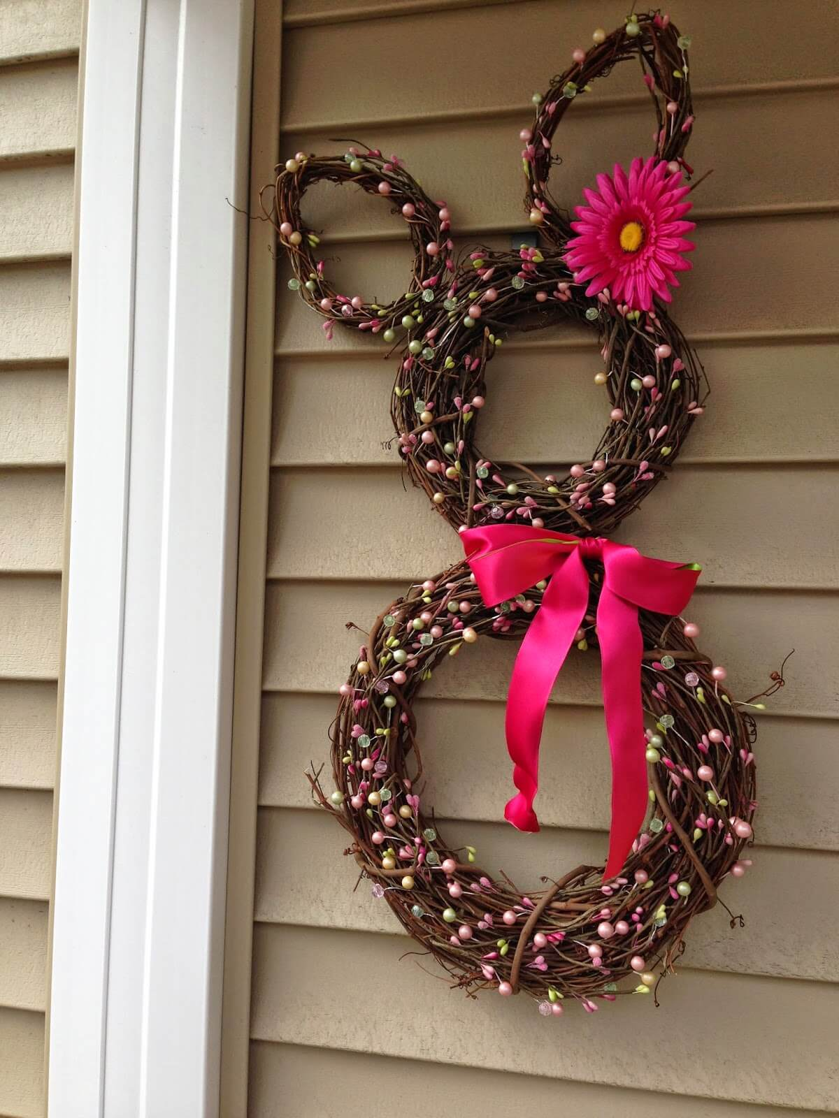Uncategorized Best Easter Decorations 32 best diy easter decorations and crafts for 2017 springtime bunny grapevine wreath decoration