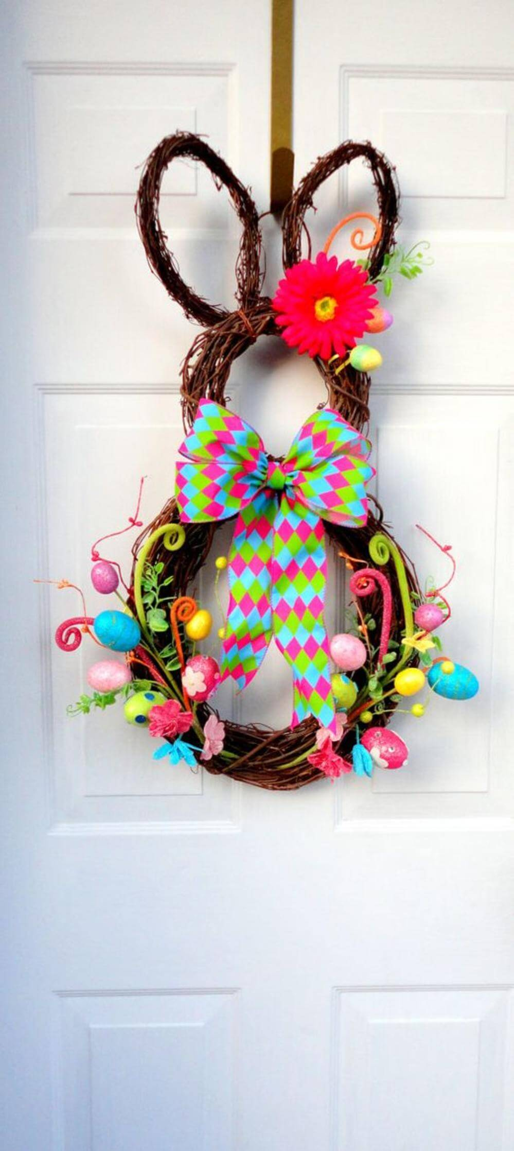 Diy easter decorations 17 ideas how to make a cute easter for Easter decorations ideas for the home
