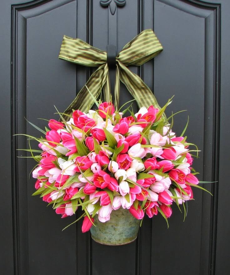 Pretty Spring Tulip Door Decoration