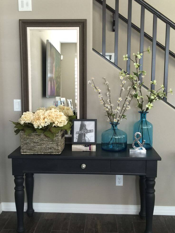 15 Entrance Hall Table Styles To Marvel At: 37 Best Entry Table Ideas (Decorations And Designs) For 2017