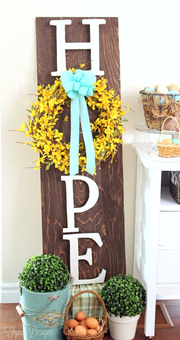 Hope Easter Wreath Board Decoration