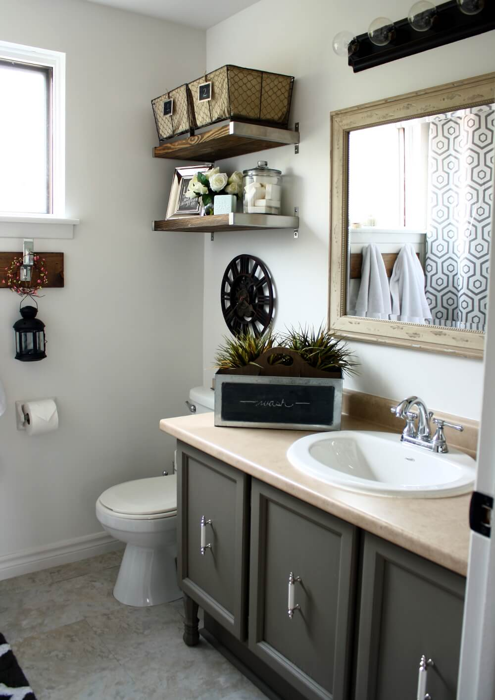 32 best small bathroom design ideas and decorations for 2019 - Pictures of bathroom designs ...
