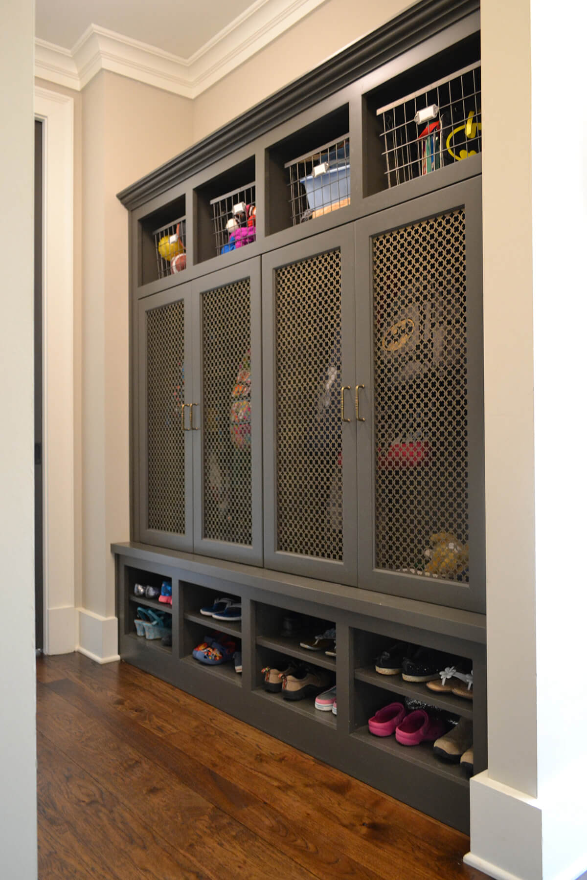 14 clever screened doors for airflow and visibility - Mudroom Design Ideas
