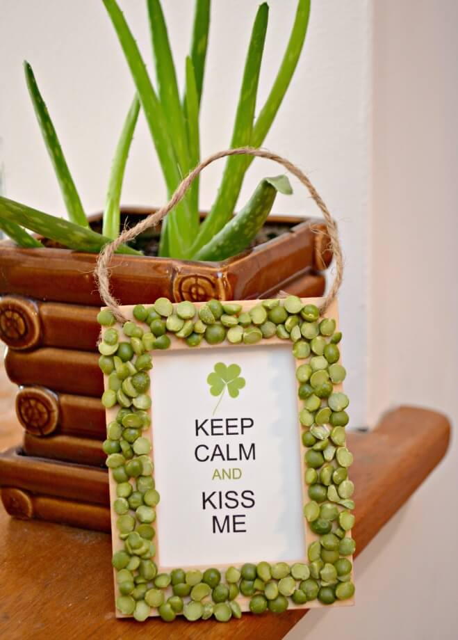 Keep Calm and Kiss Me DIY Sign