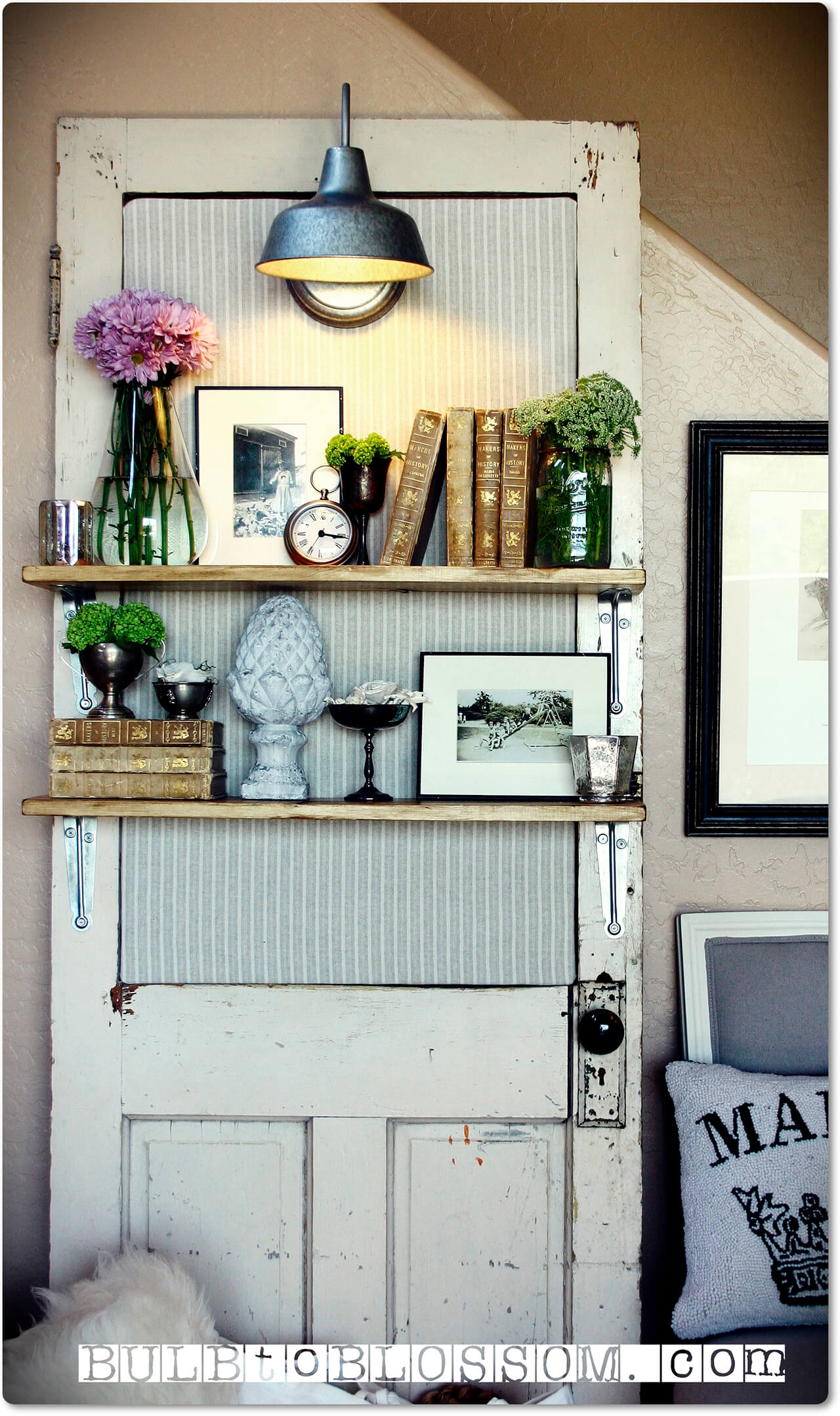 New takes on old doors 21 ideas how to repurpose old for Repurposed antiques ideas