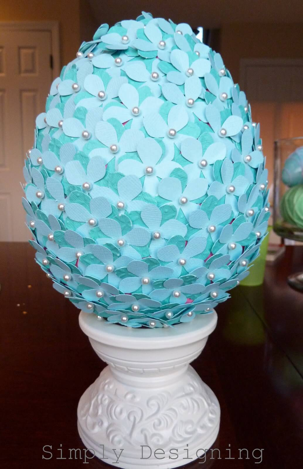 True Blue Blossom Easter Egg