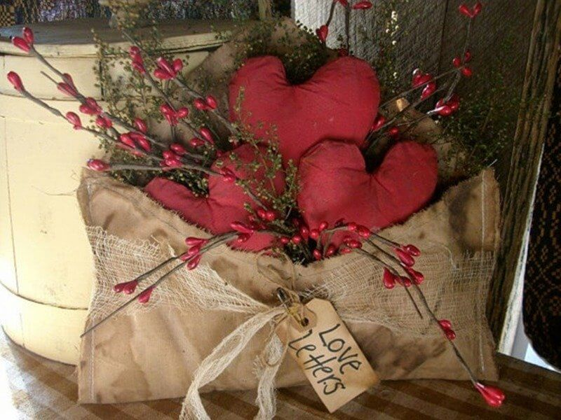 valentines day decor primitive valentine source 22 special delivery of hearts buds and berries