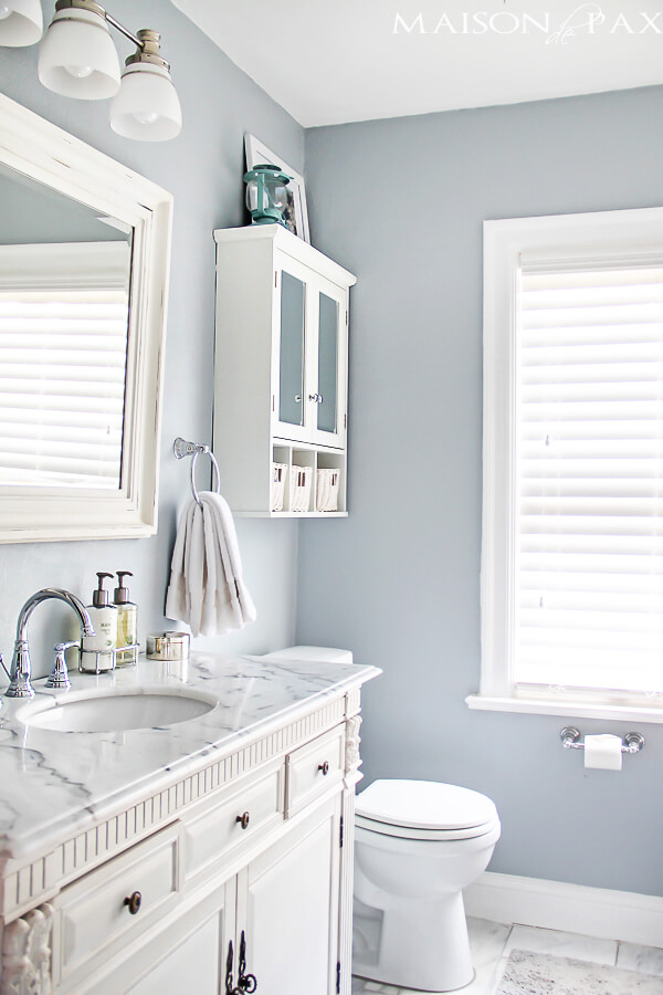 25 immaculate silver gray and white - Bathroom Design Ideas