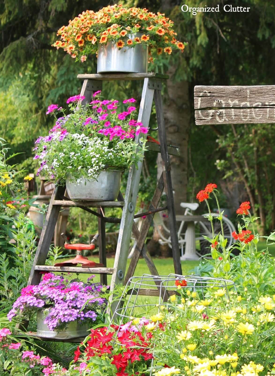 34 Best Vintage Garden Decor Ideas And Designs For 2020