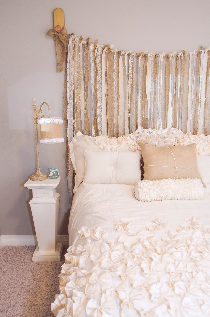 burlap and lace shabby chic bedroom dcor