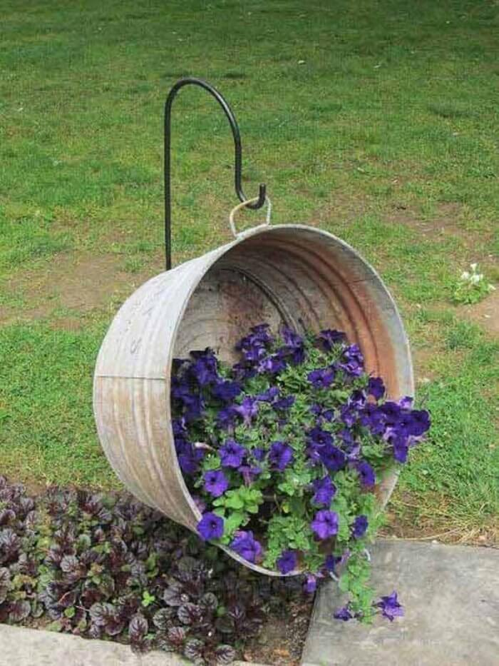 Galvanized Metal Wash Basin Hanging Basket