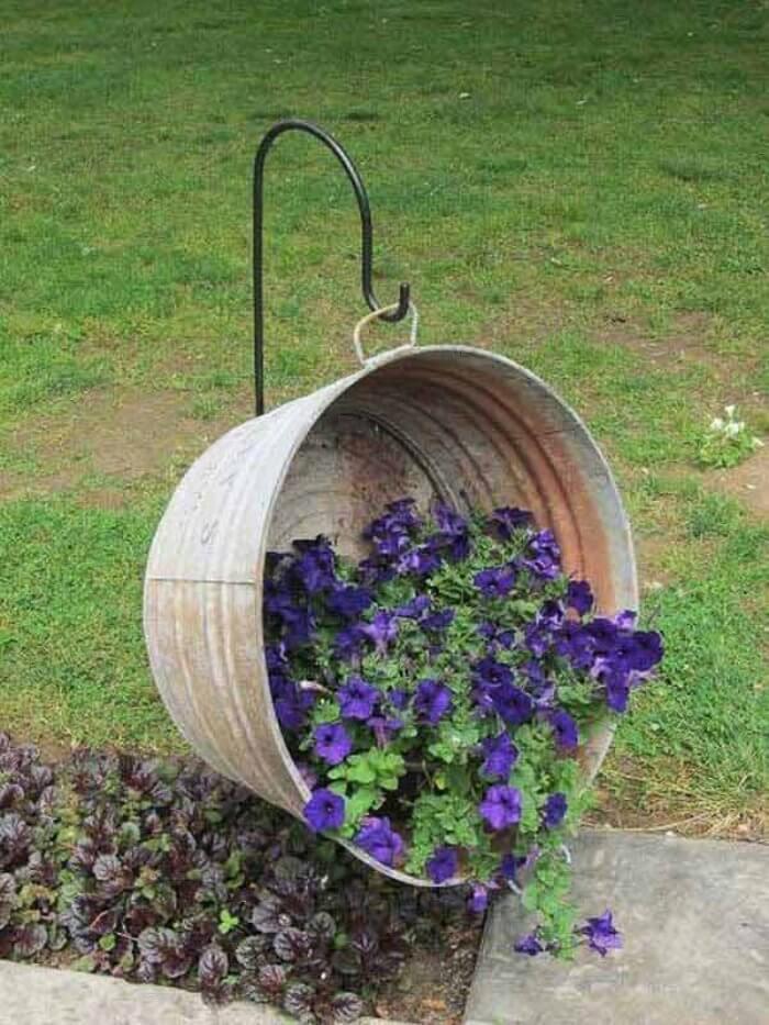 Galvanized Metal Wash Basin Hanging Basket