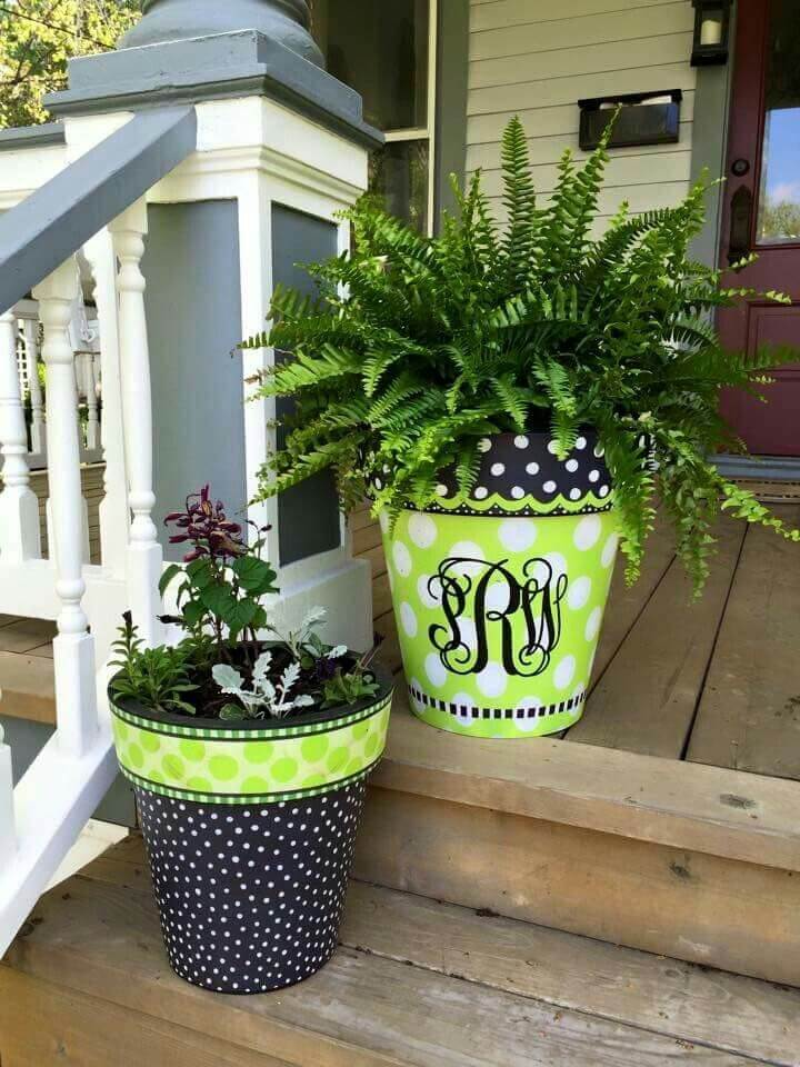 29 best front door flower pots ideas and designs for 2017 for Big pot painting designs
