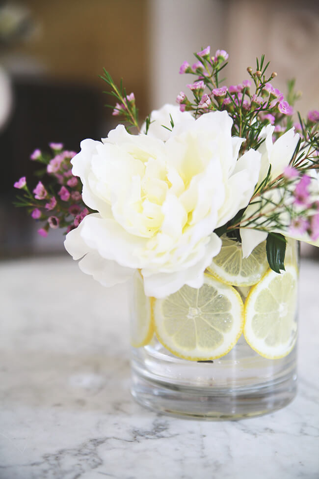36 best flower arrangement ideas and designs for 2018 16 citrus slices encircle lemony blossoms mightylinksfo Gallery