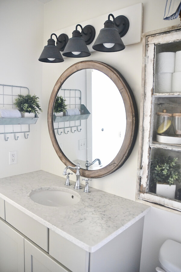 36 best farmhouse bathroom design and decor ideas for 2017 - Farmhouse style bathroom mirrors ...