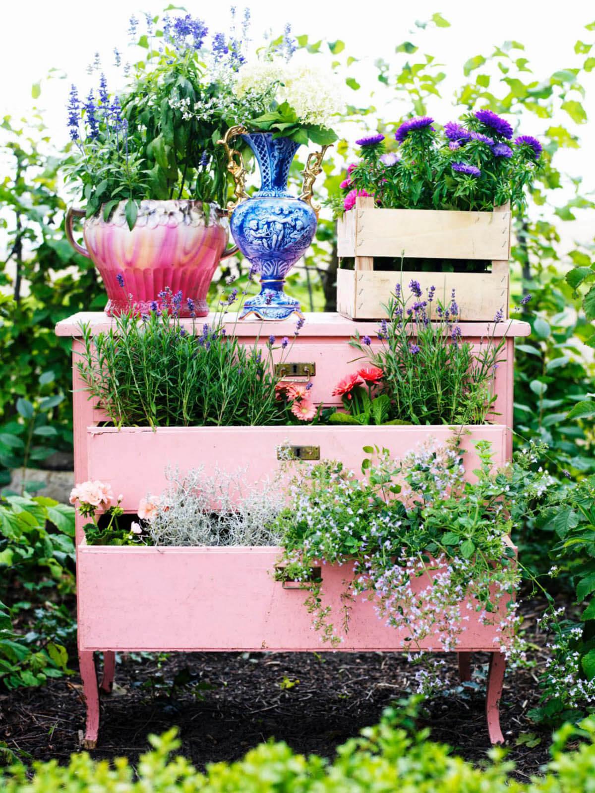 Интересные идеи для сада своими руками фото