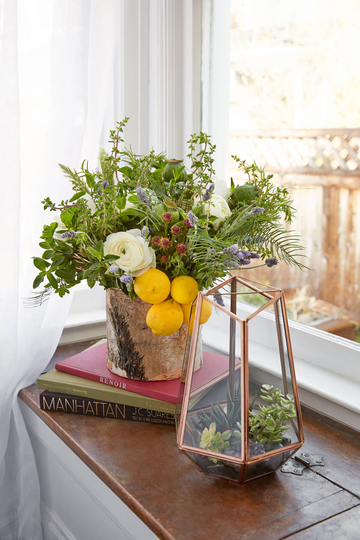 Welcome Spring: 17 Beautiful Flower Arrangement Ideas