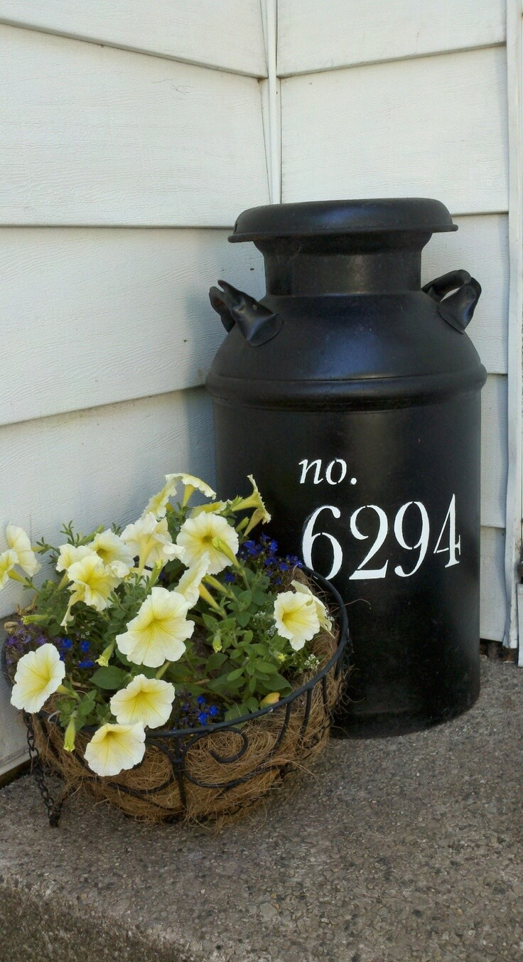 Welcome Spring: 17 Great DIY Flower Pot Ideas for Front Doors
