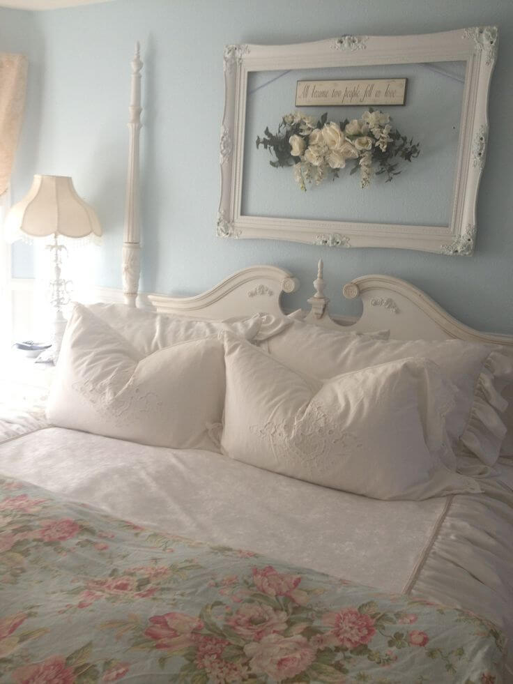 fascinating Country Chic Bedroom Ideas Part - 18: Vintage Frame DIY Wall Art with Flowers. Source:  industrystandarddesign.com. When decorating your shabby chic ...