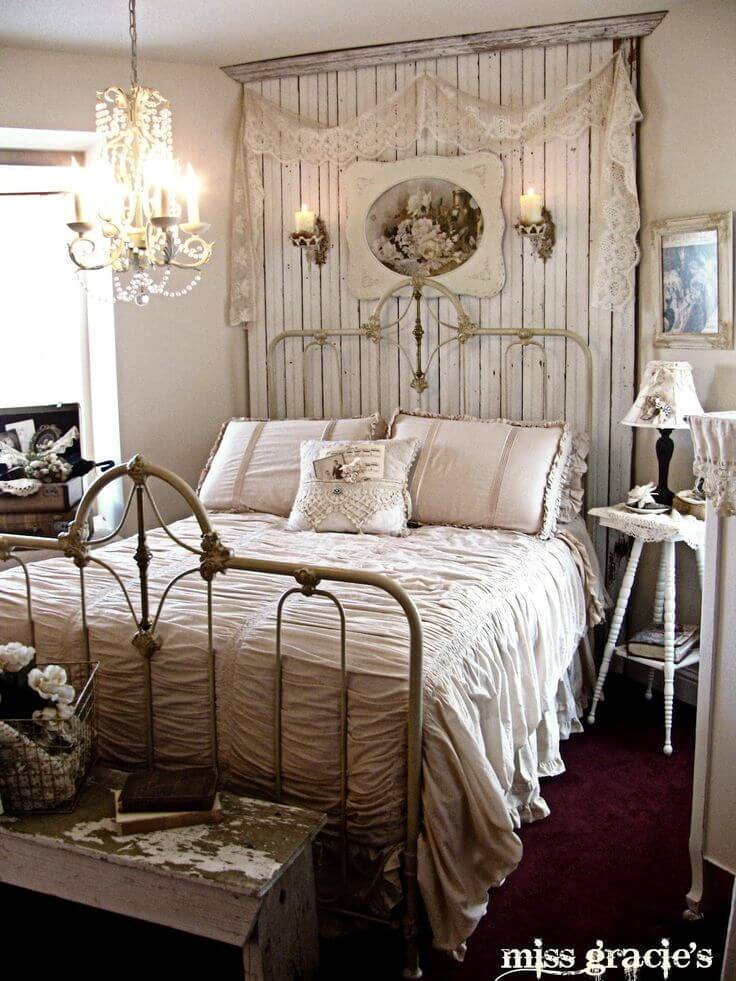 Nice Rustic Bedroom Decor With Distressed Wood Accents