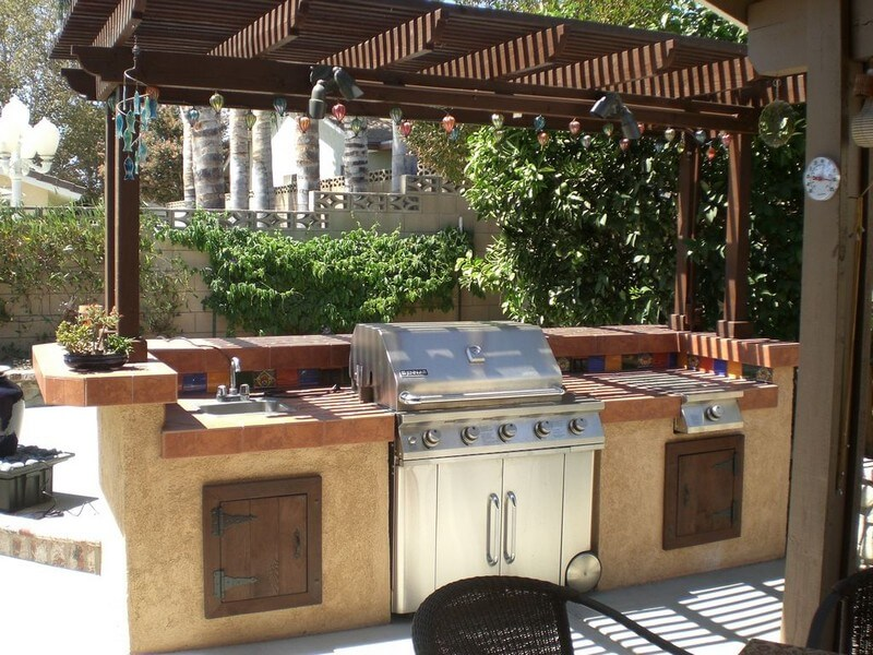 nice Outdoor Kitchen Pictures Design Ideas Part - 2: 1. Barbecue Grill and Prep Station