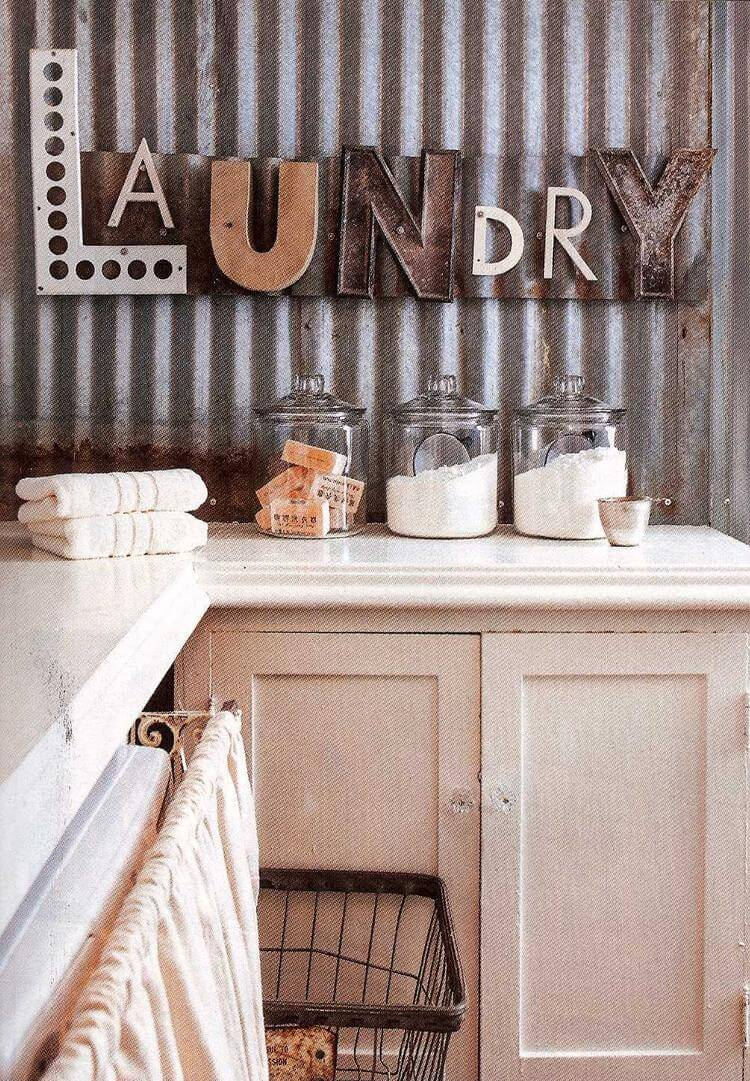 25 best vintage laundry room decor ideas and designs for 2019 - Laundry room wall ideas ...