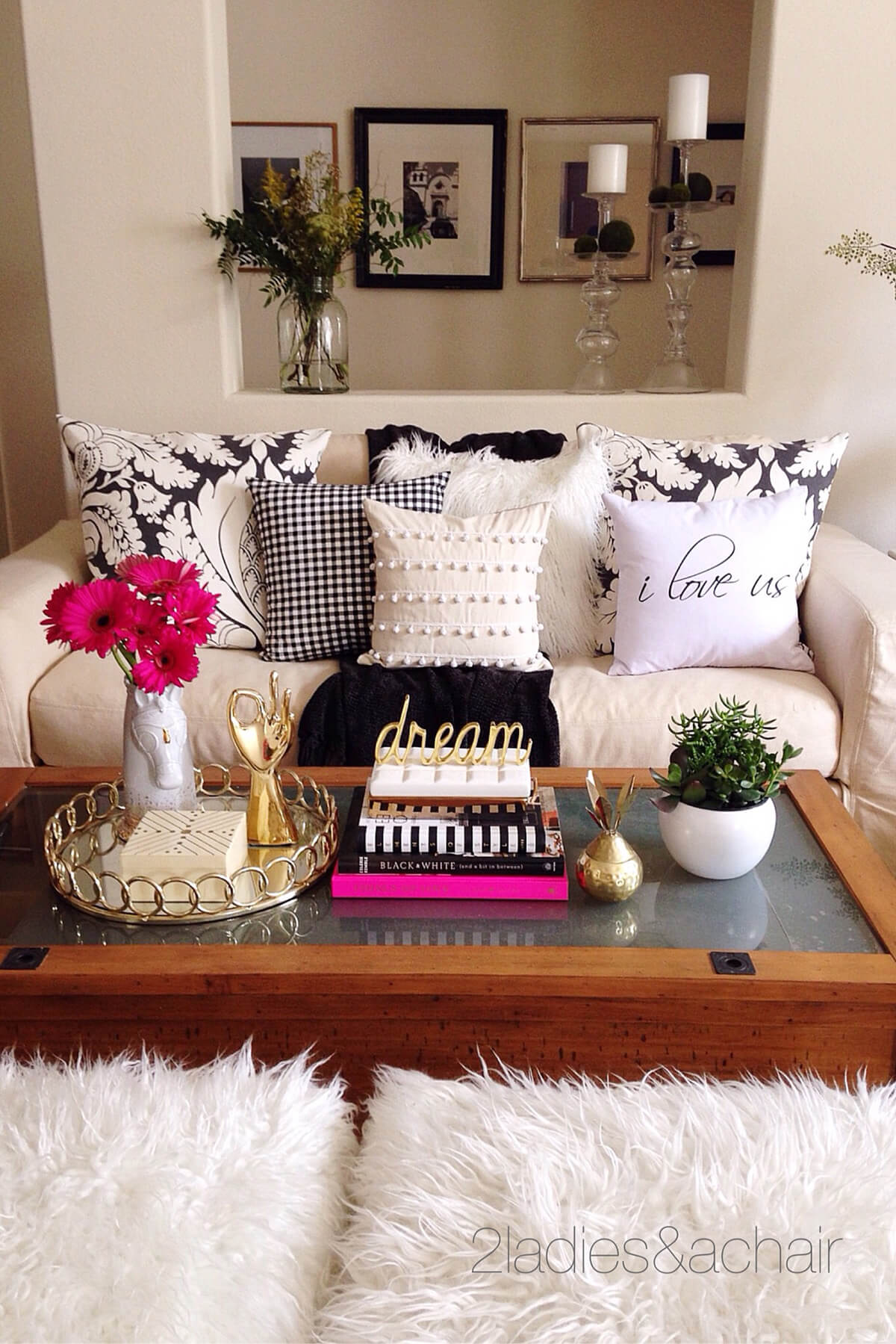 Living room table decorations - Decorate With Style 16 Chic Coffee Table Decor Ideas