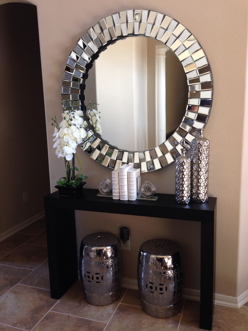 Modern Round Entryway Mirror Display