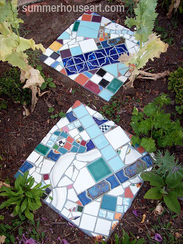 Pique Assiette Stepping Stone Mosaic Art