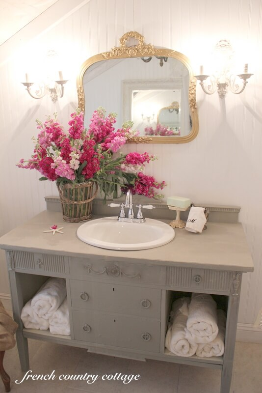 15 lovely shabby chic bathroom decor ideas style motivation for French shabby chic bathroom ideas