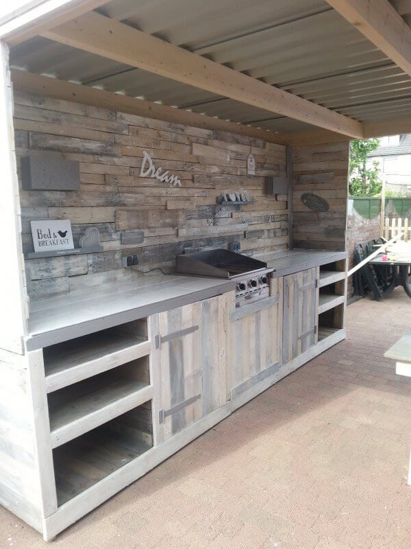 27 best outdoor kitchen ideas and designs for 2018 Rustic outdoor kitchen designs