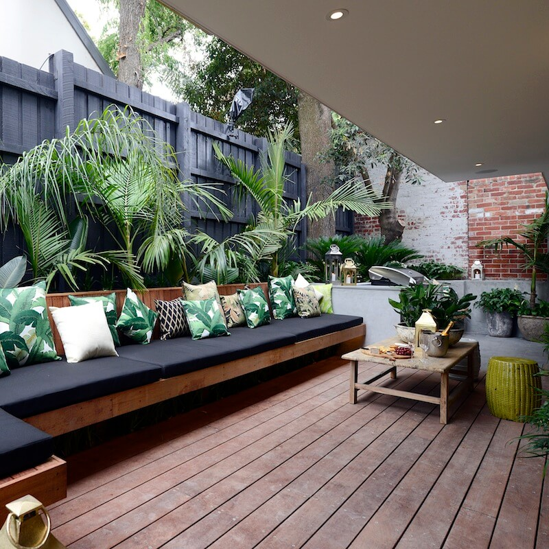 Lovely Built In Planter Half Wall With Bench