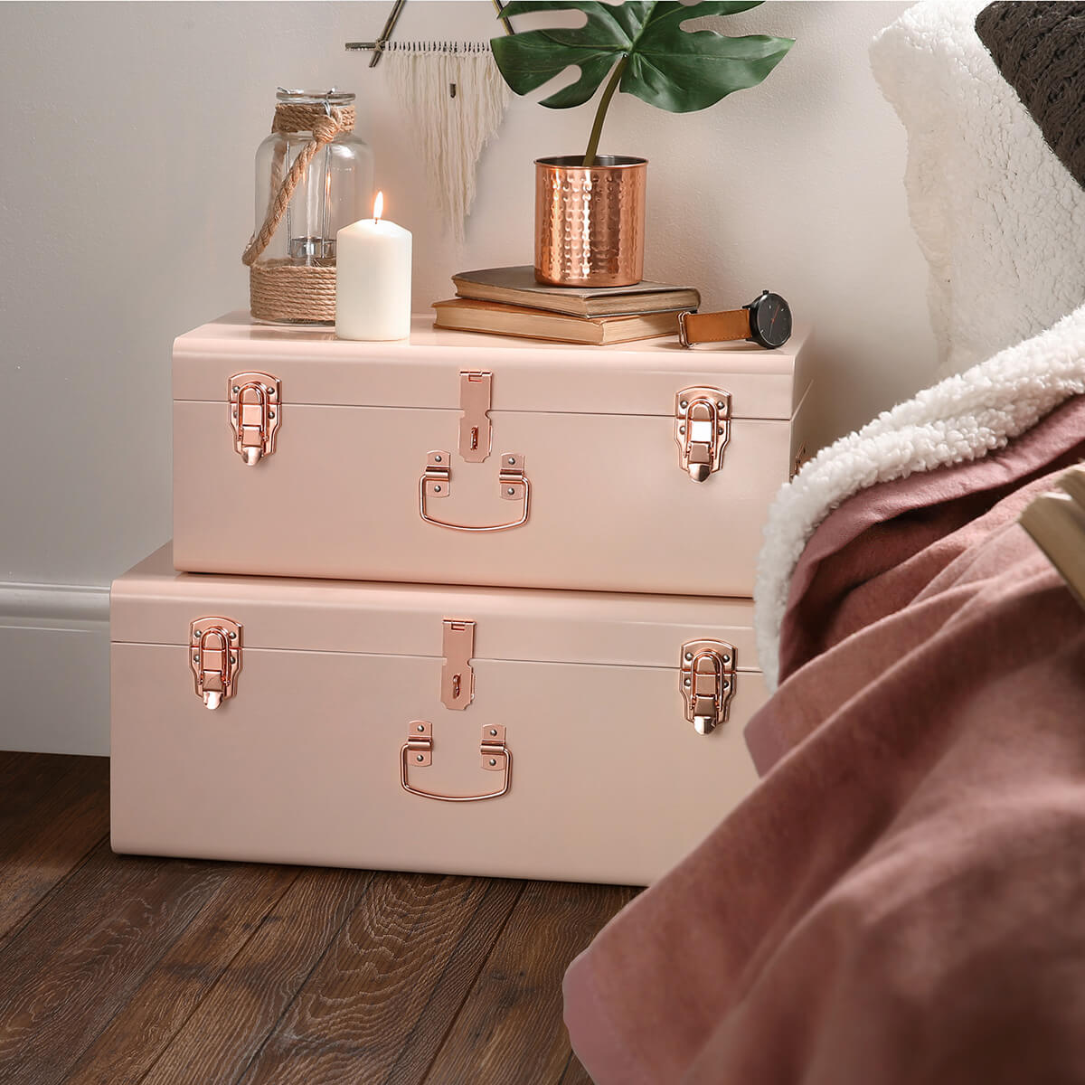 11 blushing tourister stackable bedside luggage trunks - Copper Home Decor