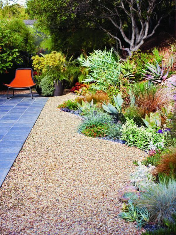 Gravel Yard with Plant Bed