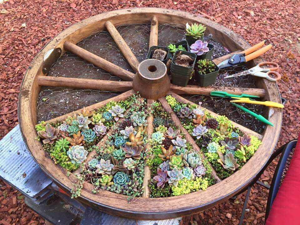 DIY Wagon Wheel Creative Garden Container Design