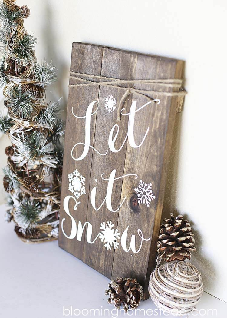 12 pretty let it snow diy art - Christmas Pallet Signs