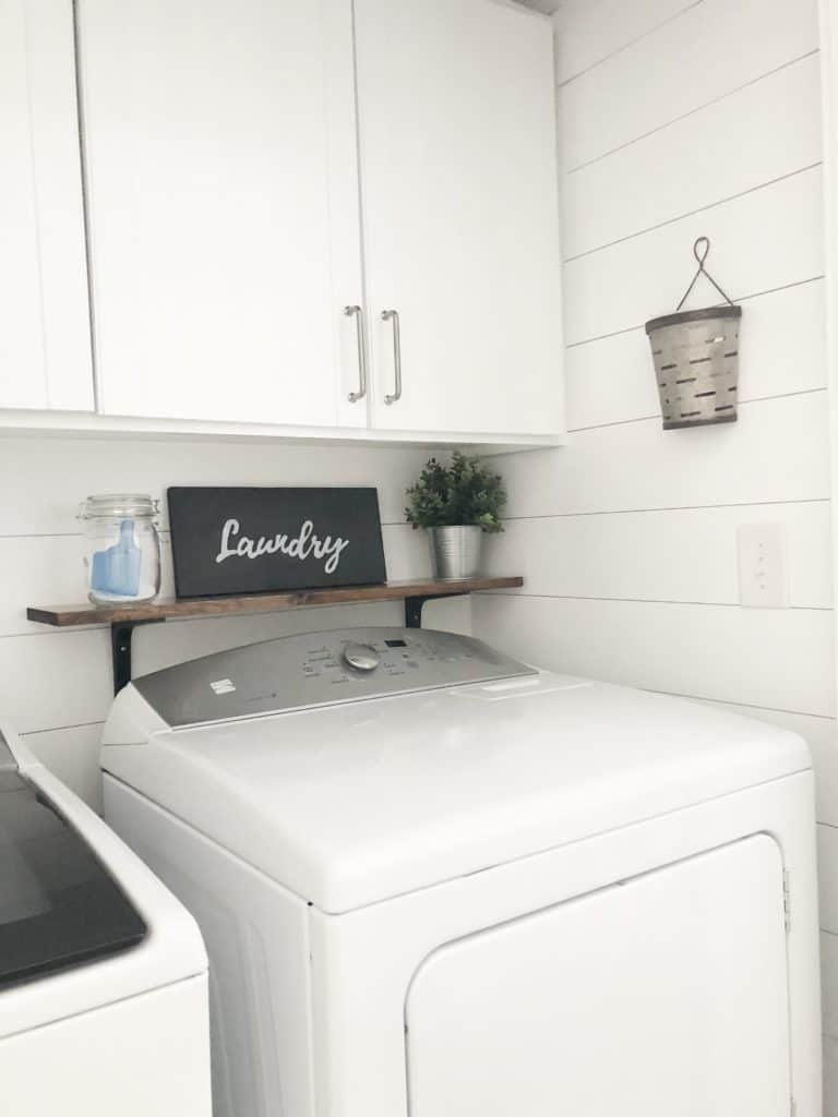 Light and Bright Laundry Room Redecoration