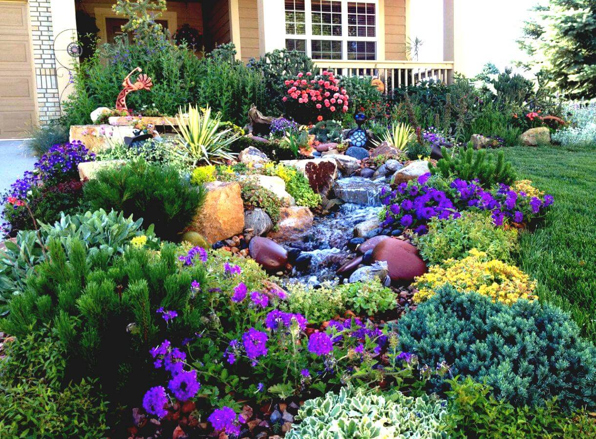 50 best front yard landscaping ideas and garden designs for Front flower garden ideas