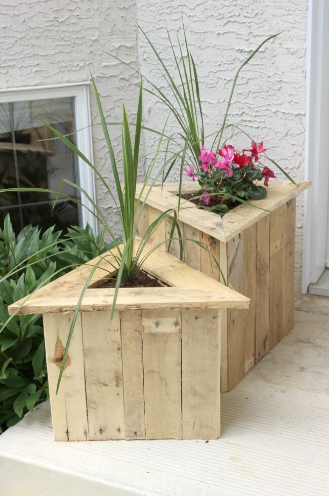 DIY Triangular Wood Porch Planters