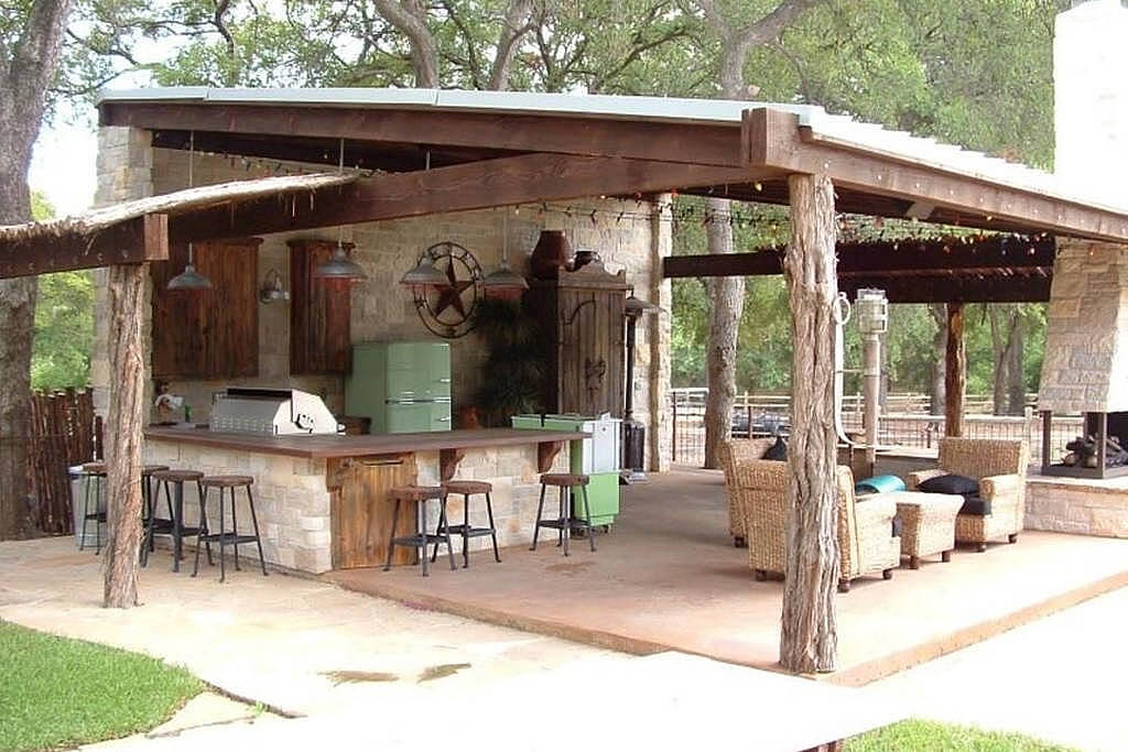 Exceptionnel Rustic Patio Kitchen And Bar