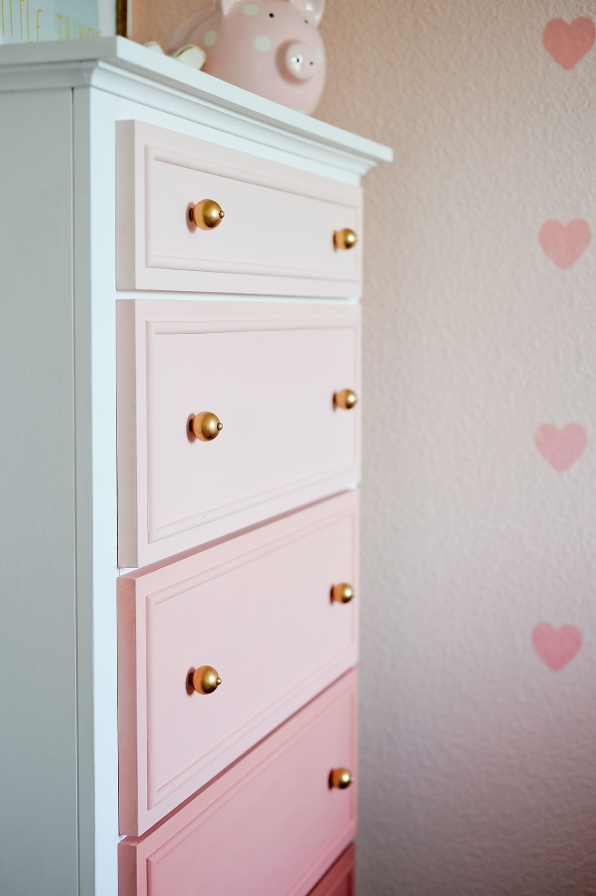 Love-Me-Peony Graded Chest Of Drawers