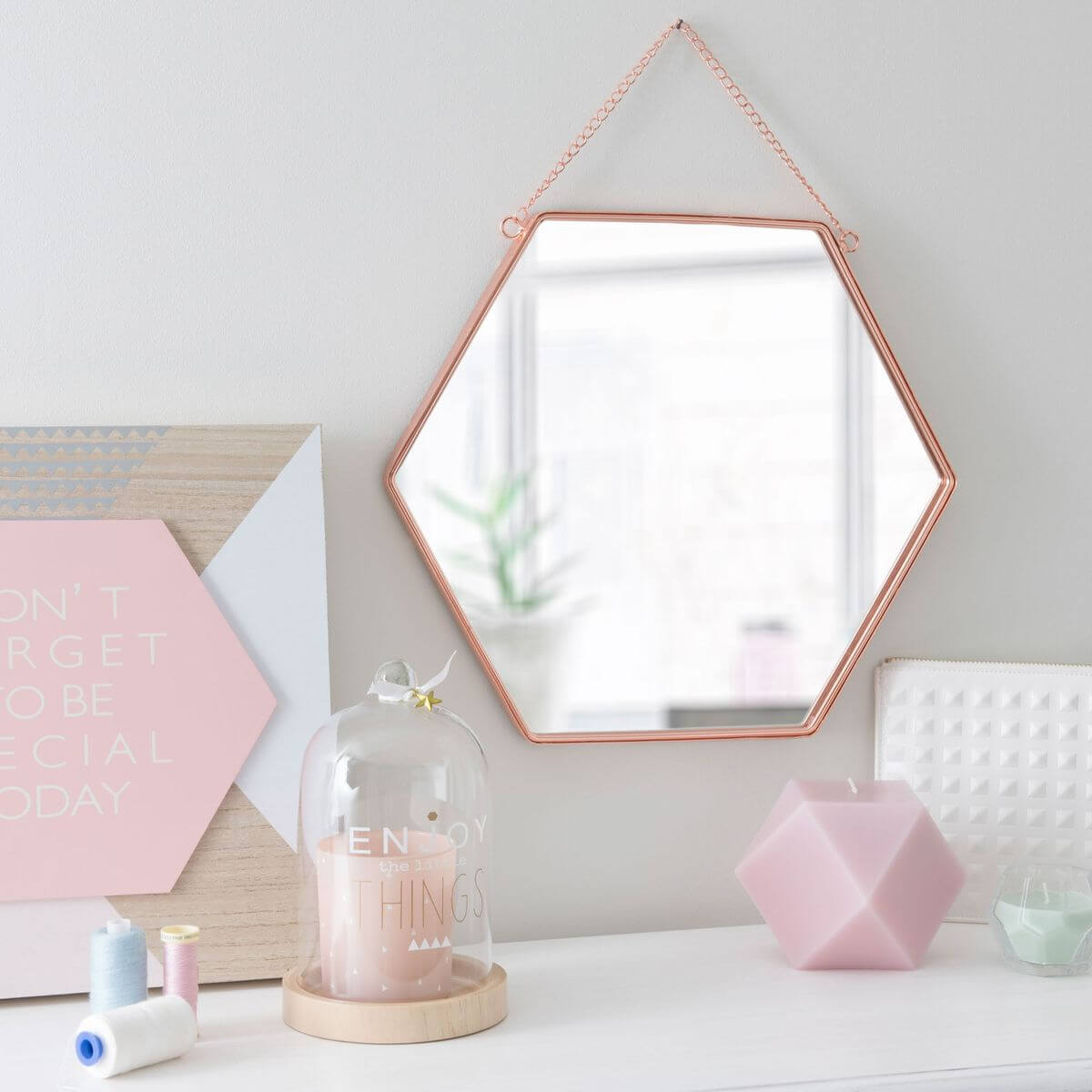 Pamper Me Pink Vanity Set With Copper Honeycomb Mirror